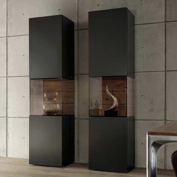 gentis vitrine von h lsta m bel b r ag. Black Bedroom Furniture Sets. Home Design Ideas